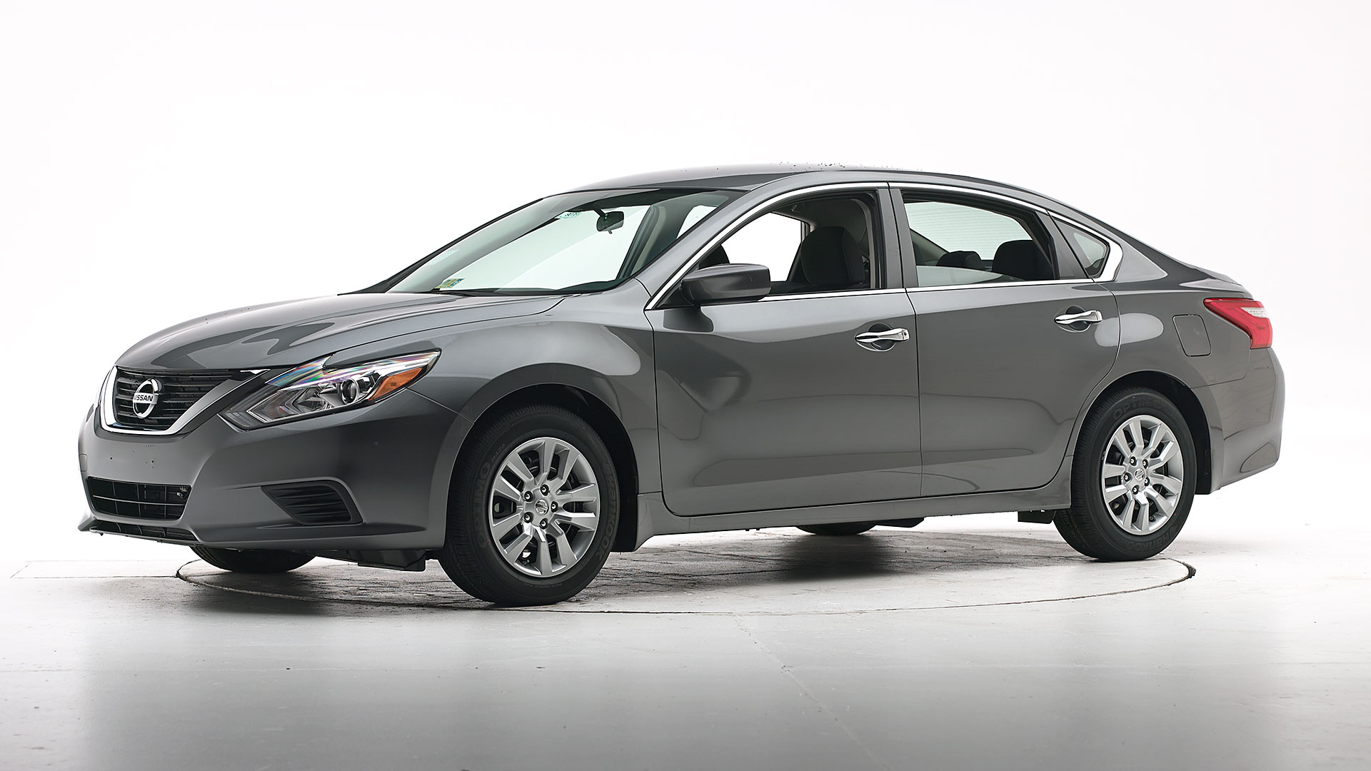 2016 Nissan Altima 4-door sedan