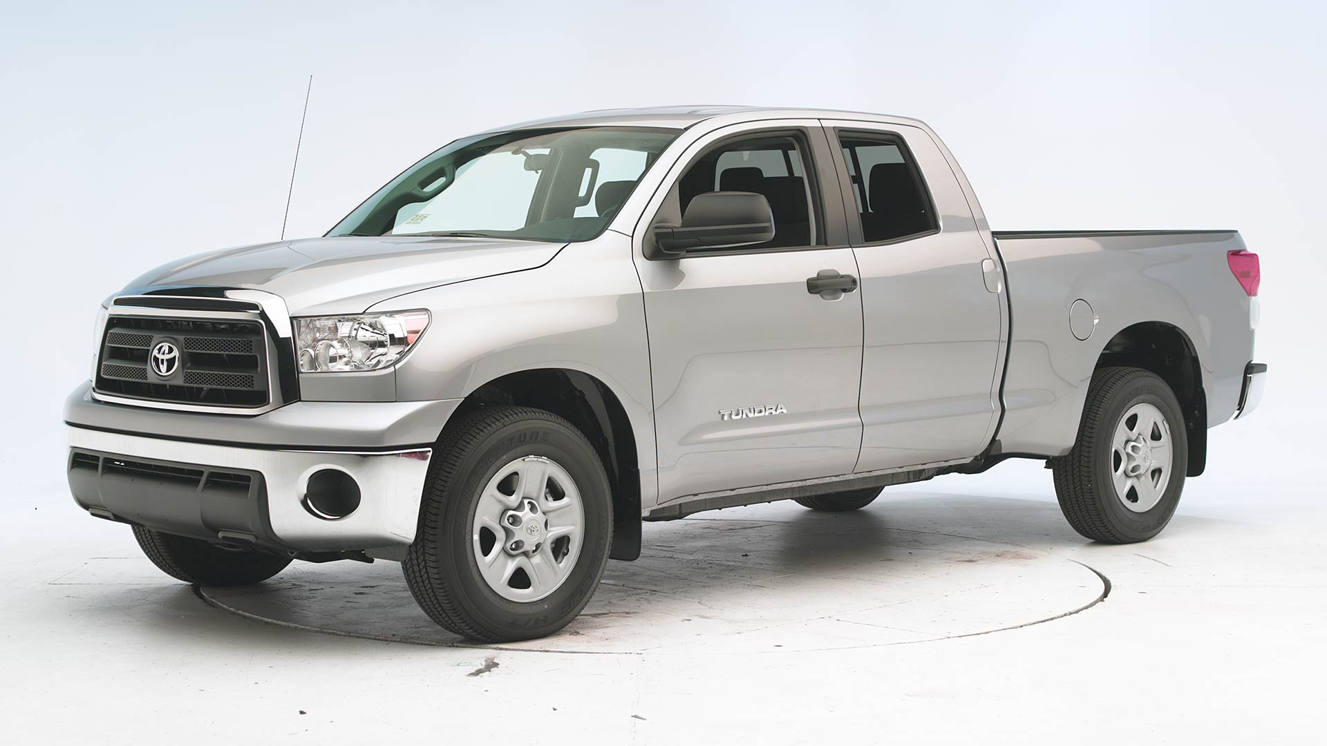 2014 Toyota Tundra Extended cab pickup