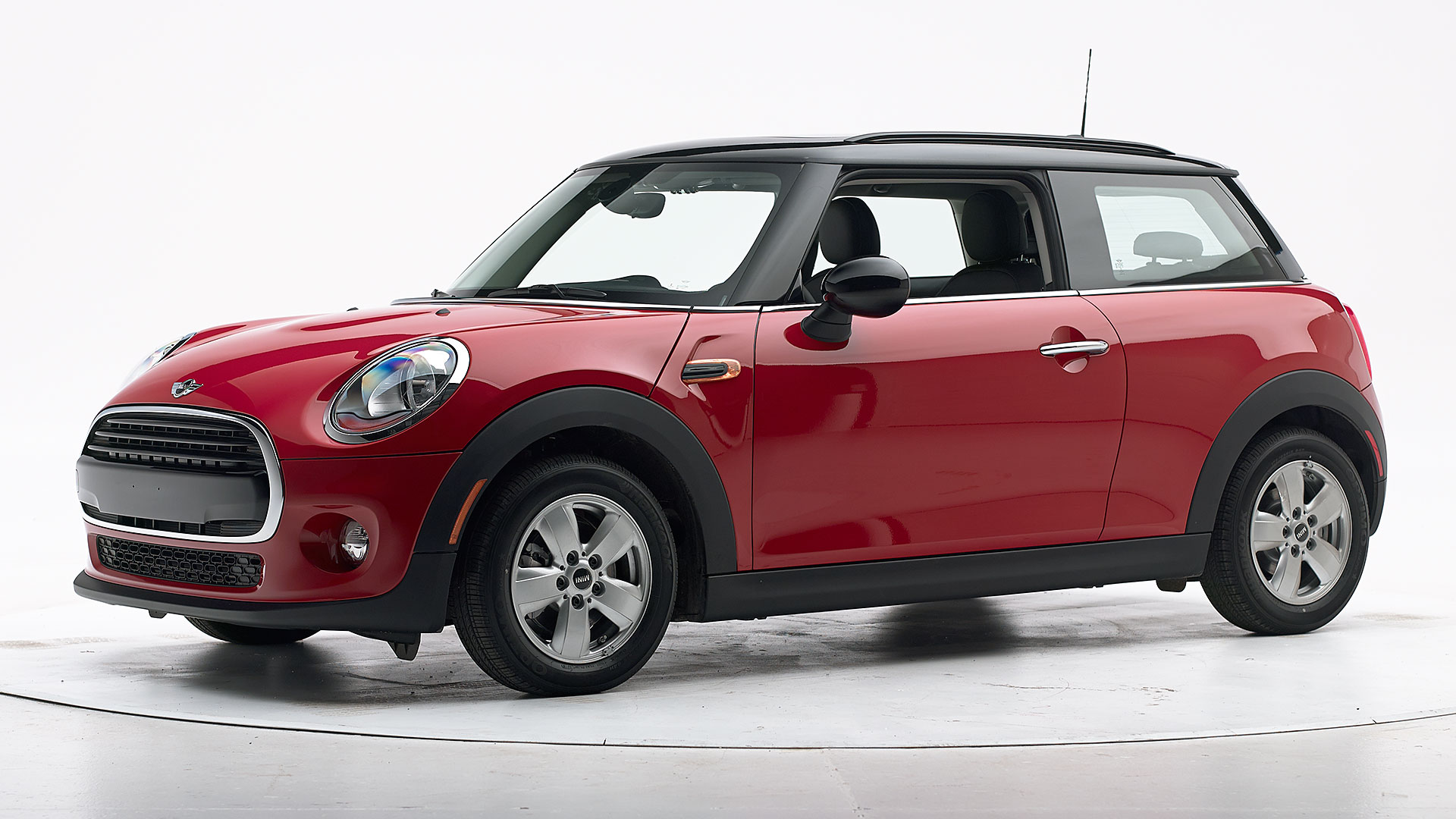2017 Mini Cooper 2-door hatchback