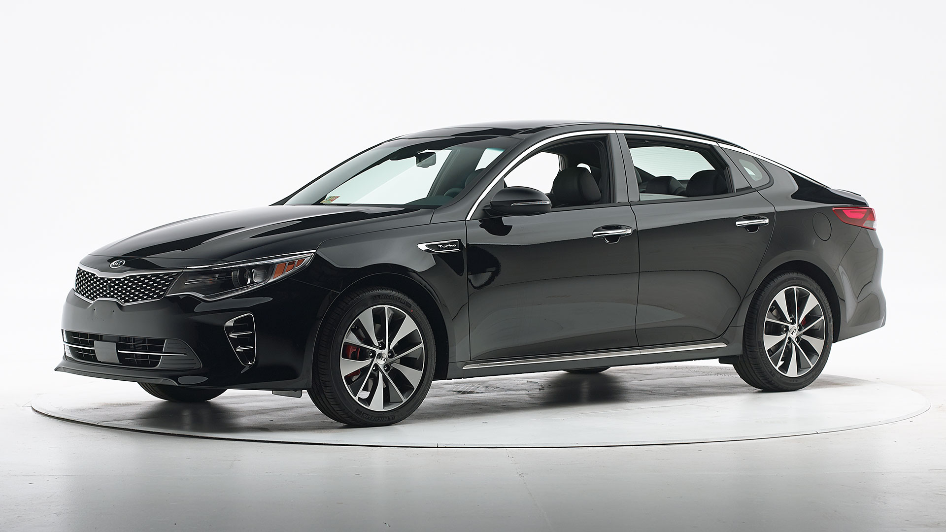 2017 Kia Optima 4-door sedan