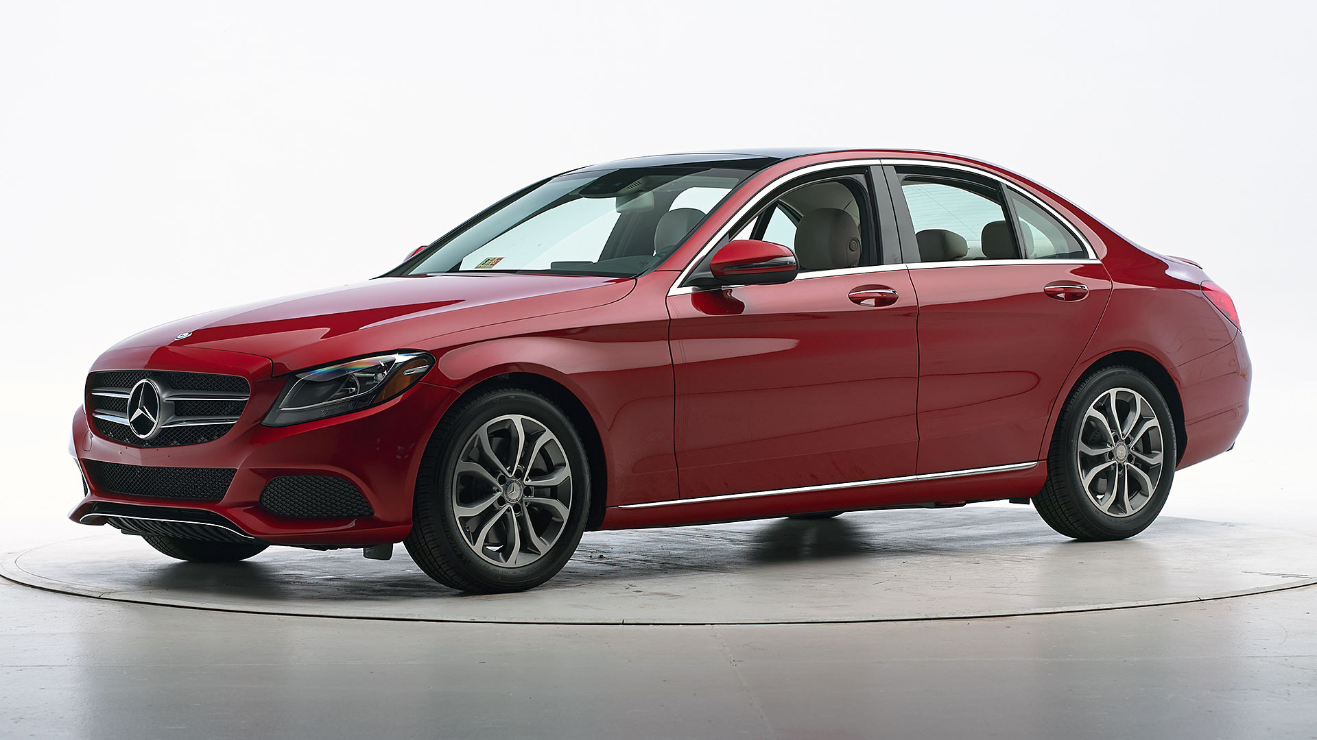 2016 Mercedes-Benz C-Class 4-door sedan