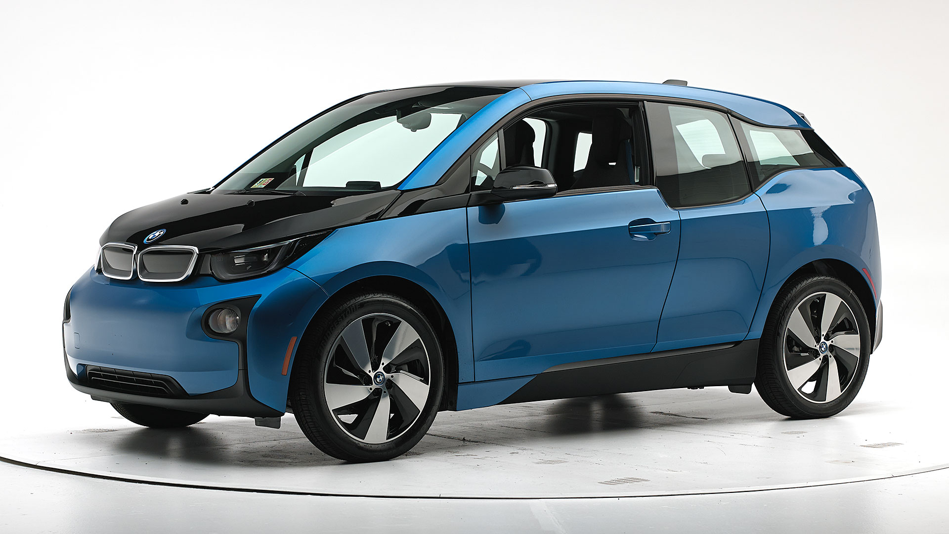 2018 BMW i3 4-door hatchback