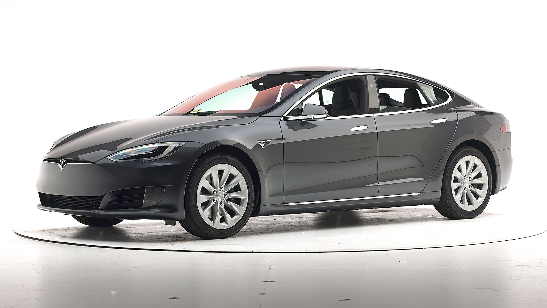 2017 Tesla Model S 4-door hatchback