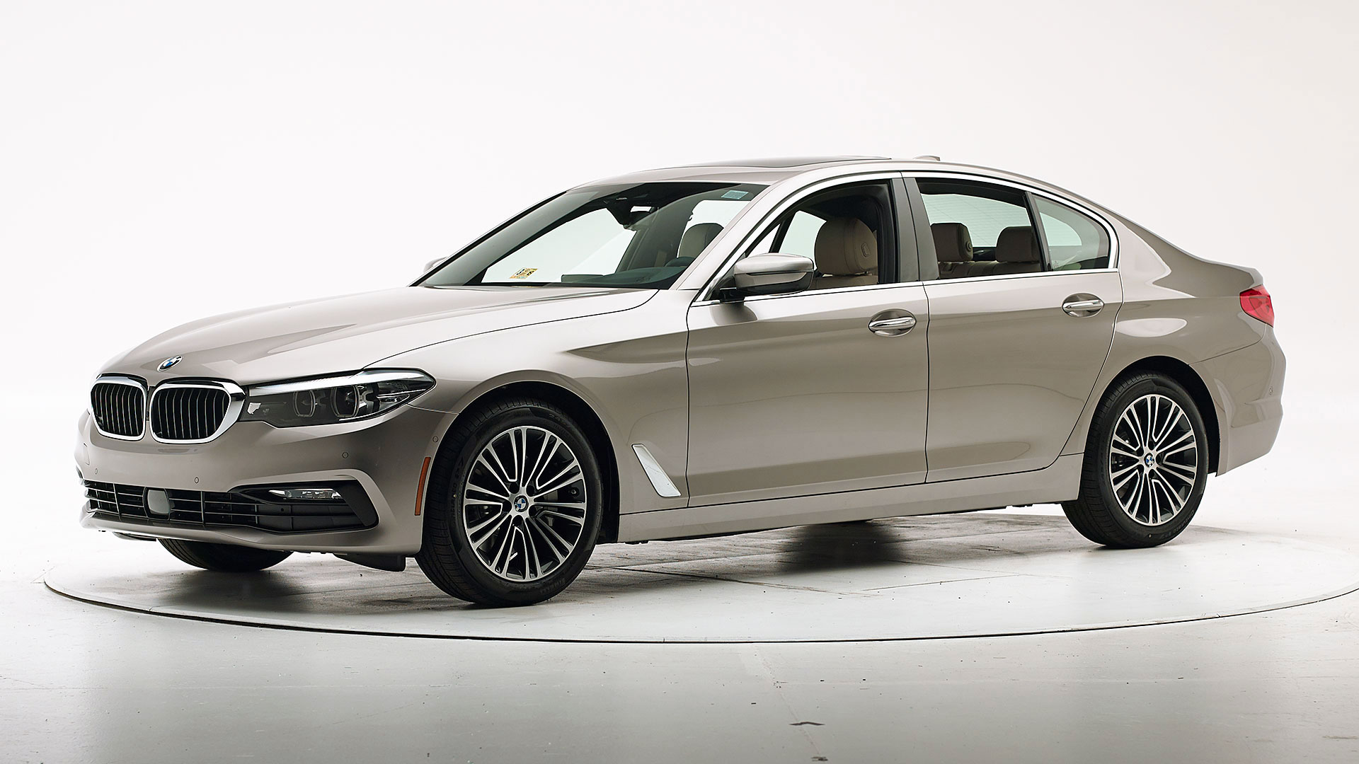 2021 BMW 5 series 4-door sedan