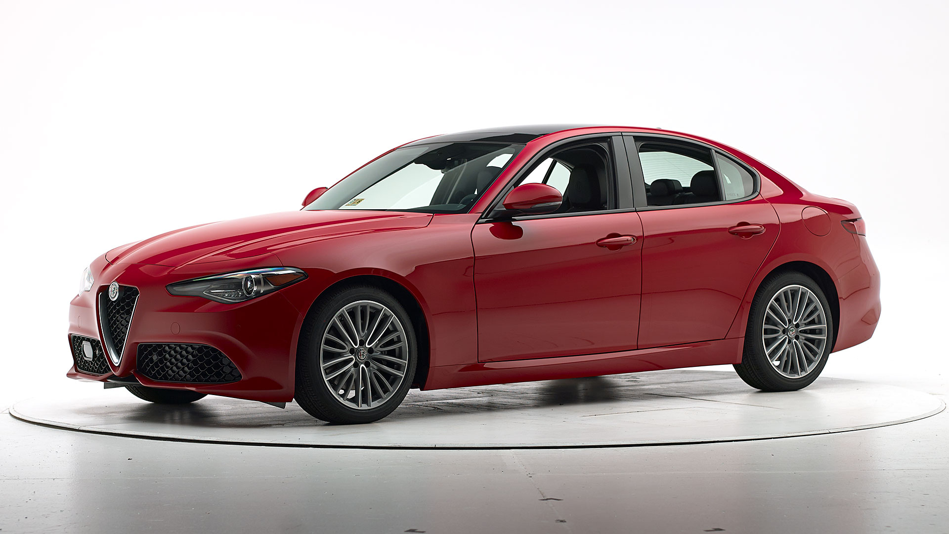 2018 Alfa Romeo Giulia 4-door sedan