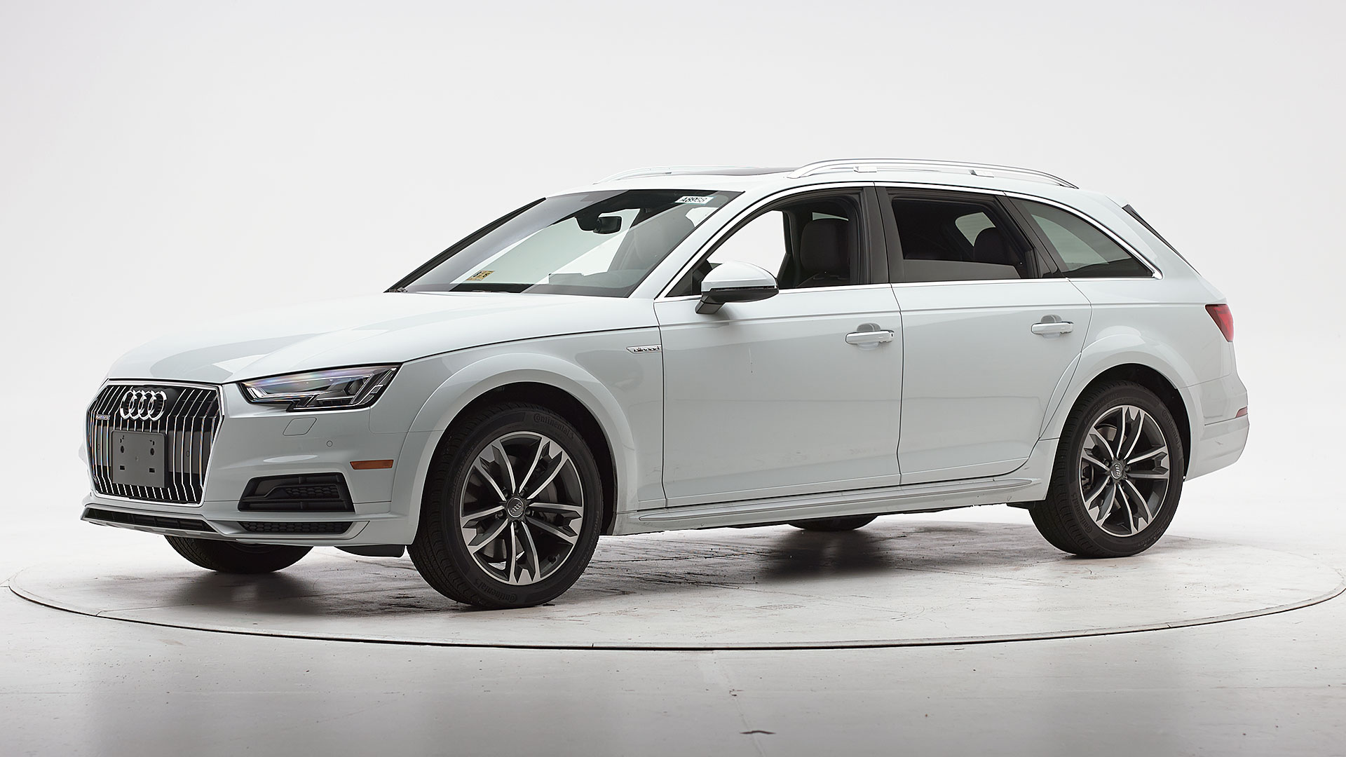 2019 Audi A4 Allroad 4-door wagon