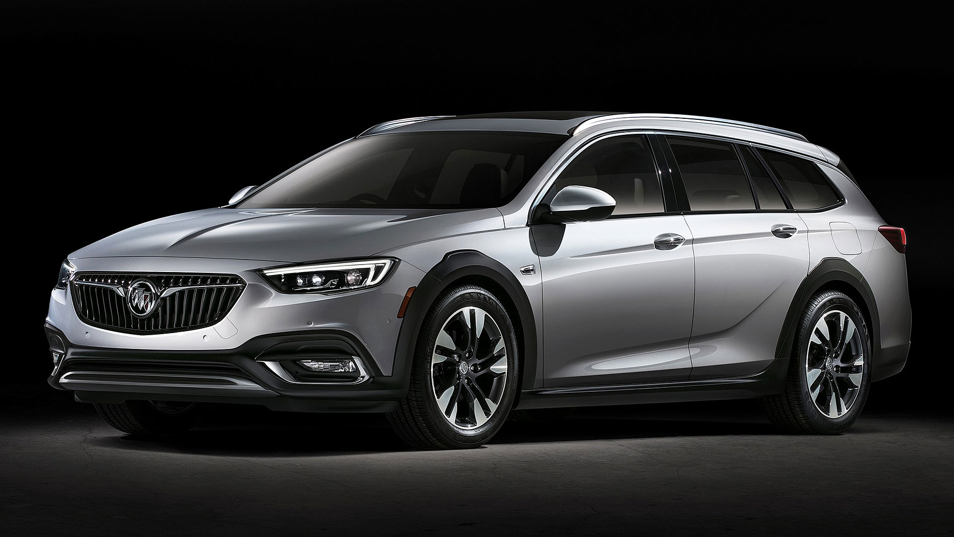 2019 Buick Regal 4-door wagon