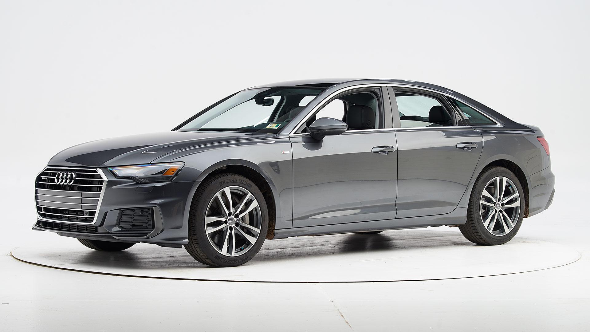 Kelebihan Kekurangan Audi 4 Review