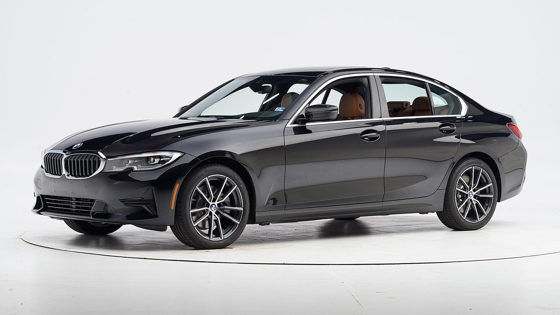2019 BMW 3 series 4-door sedan