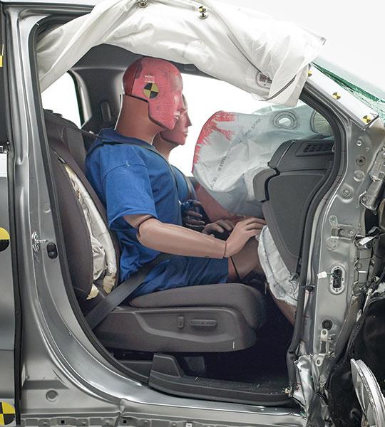 Honda Odyssey passenger-side intrusion