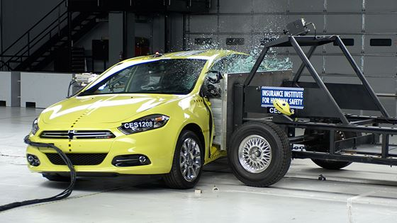 Four 2013 model year vehicles earn IIHS Top Safety Pick