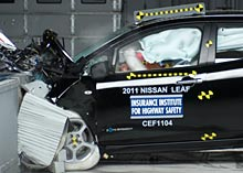 Nissan Leaf frontal offset test