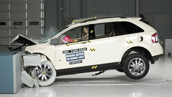 Two Fords earn good crash test ratings