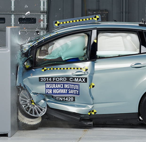Small Car Ratings Vary In Small Overlap Test