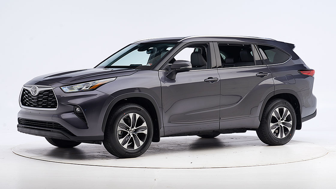 Toyota Highlander earns safety award