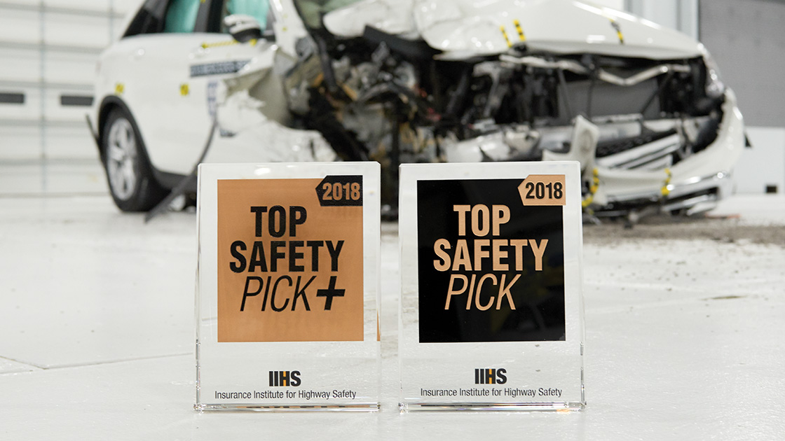 Iihs Safety Ratings >> 62 vehicles earn 2018 safety awards