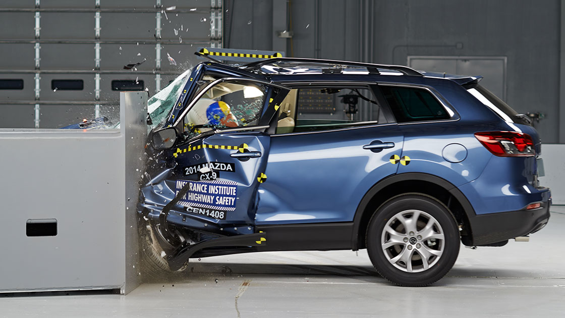 Iihs Safety Ratings >> Small overlap test stymies midsize SUVs
