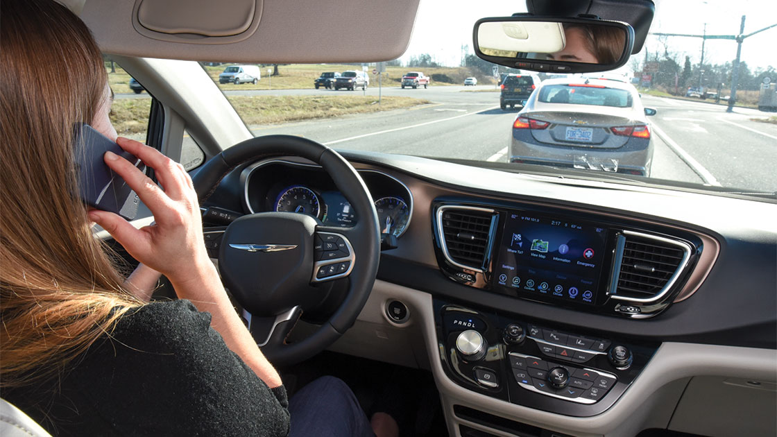 report drivers using mobile phones