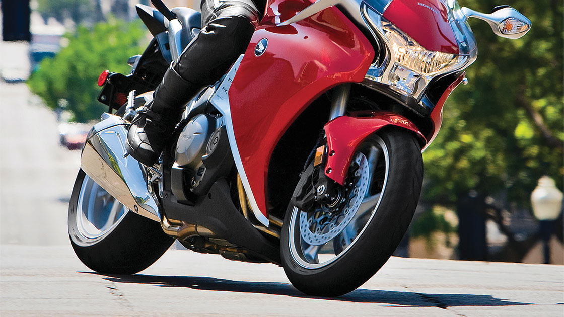 IIHS petitions for ABS on all motorcycles