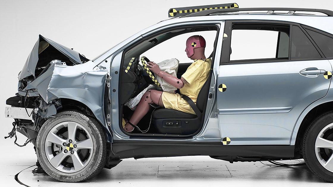 8 Of 9 Midsize Suvs Earn Top Frontal Crash Test Rating